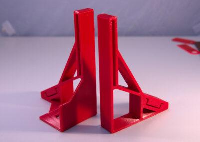 druk 3d - stojak na zasilacz na szynę DIN